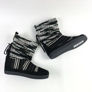 Toms Black Suede Nepal Boot H6514869